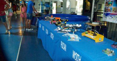 Exposición de robótica submarina educativa en el Museo Elder de la Ciencia y la Tecnología